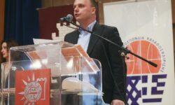 Νίκος Καραγιώργης. Η βράβευσή του στην πρωτοχρονιάτικη πίτα της Ε.ΚΑ.Σ.Θ. (Video 12)